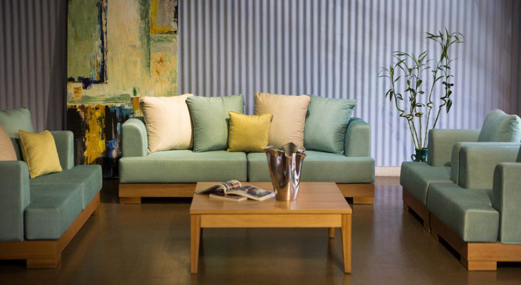 مبل خاورمیانه شیراز صندلی مبل راحتی مبل اداری مبل سلطنتی مبل اقساطی  چوب سنگ مشهد مبلمان اتاق خواب سرویس اتاق خواب فروش اقساطی بحرانی مبلمان
