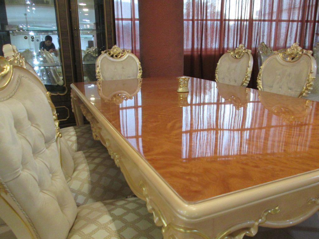 مبلمان-سلطنتی-و-میزناهارخوری-سیلور مبل خاورمیانه شیراز|صندلی|مبل راحتی|مبل سلطنتی|مبل اقساطی| چوب سنگ مشهد|مبلمان اتاق خواب|سرویس اتاق خواب|فروش اقساطی|بحرانی|مبلمان